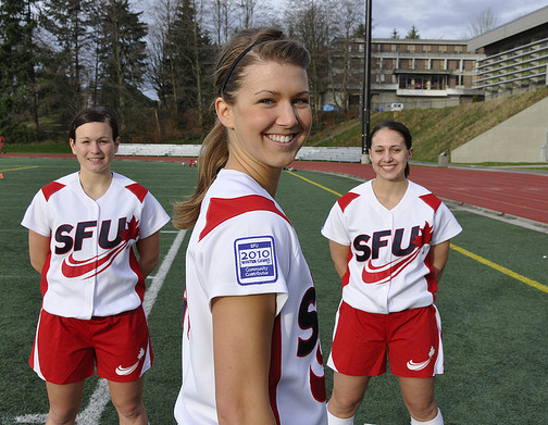custom-uniforms-sports-team