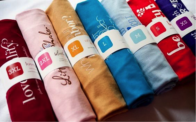 Unique t shirt packaging ideas for more sales for Cool t shirt packaging